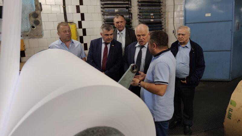 АО «Рыбинский дом печати» посетил депутат Государственной думы РФ Анатолий Грешневиков